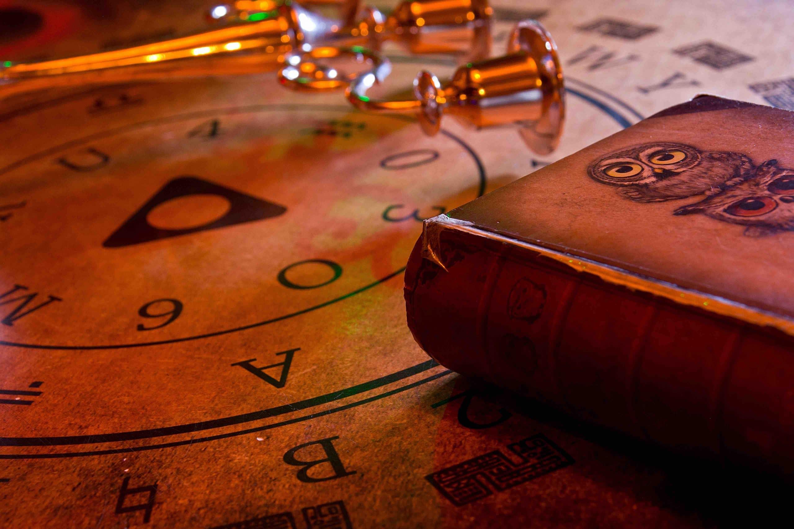 Ouija de la salle Magie Noire - Escape game Le défi des ducs à Dijon