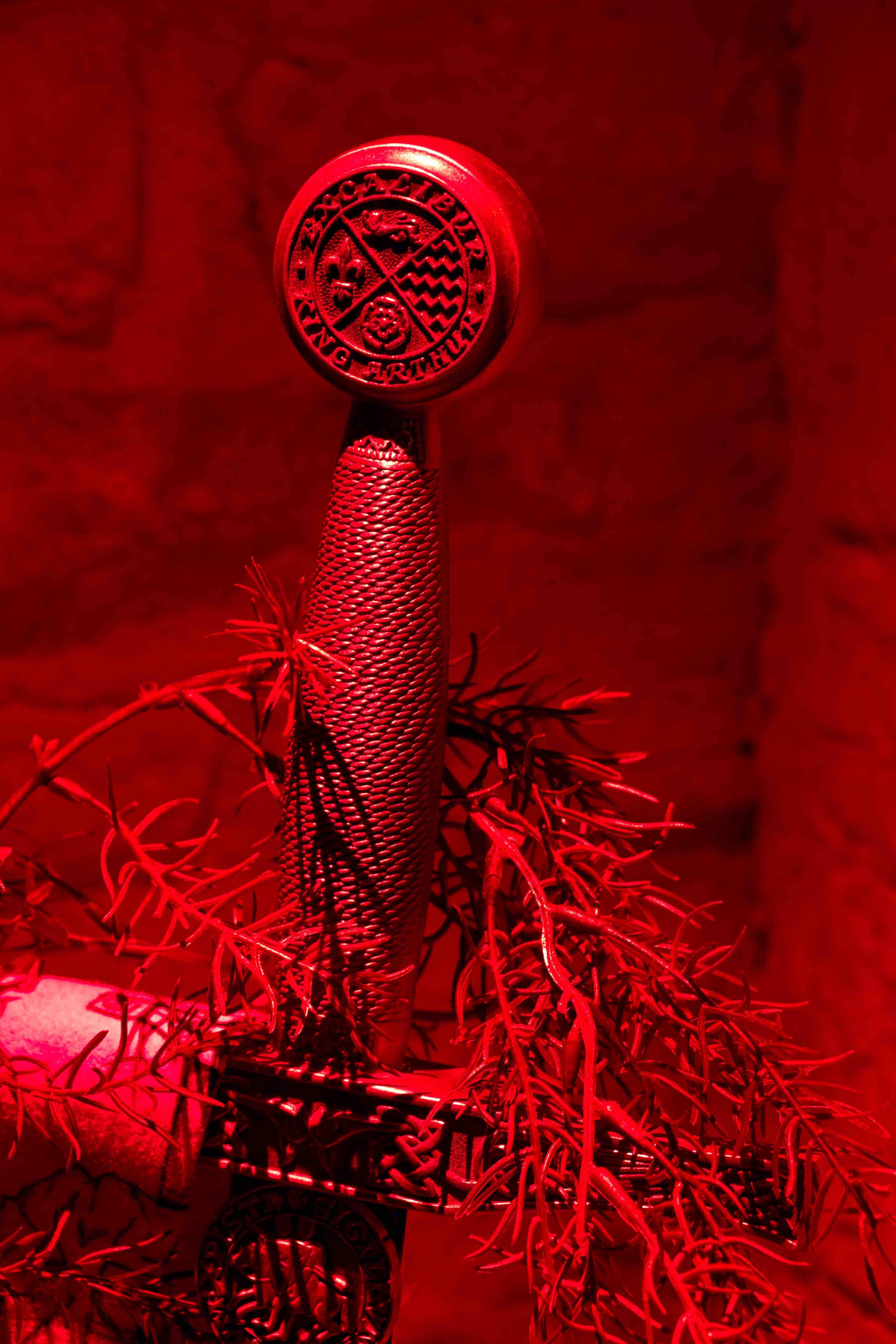 Epée de la salle le mystère du Castrum - Escape game Le défi des ducs à Dijon
